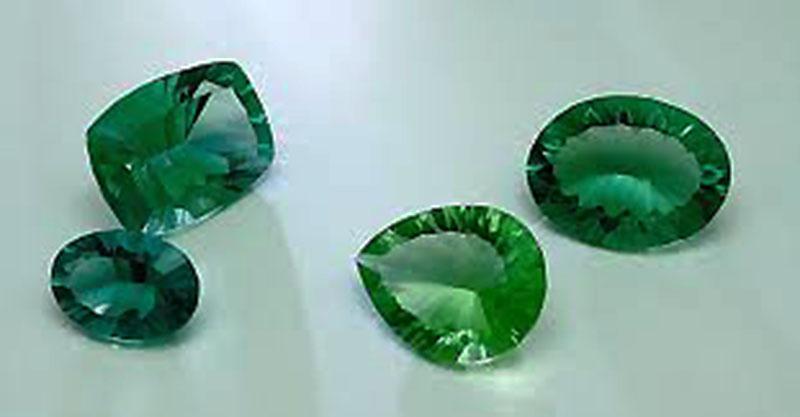 Fluoritas naturales de verde intenso ideal para anillos