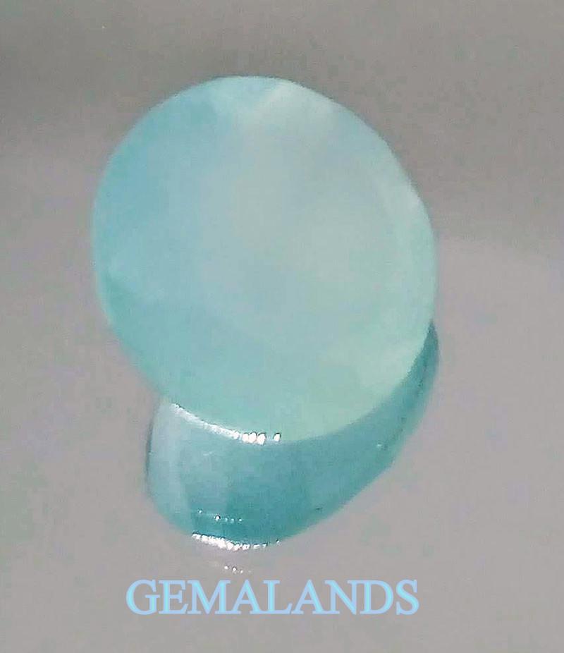 piedra azul opaca